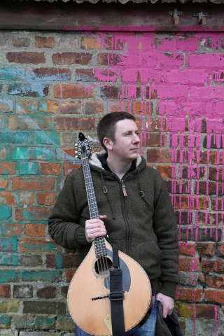 Daoirí Farrell performs Pavilion Arts Centre    Wednesday 22 March 7.30pm